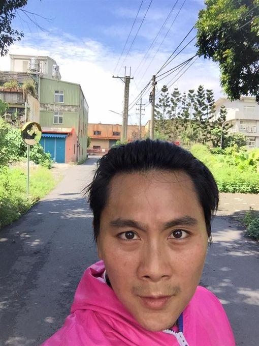 王仁甫為了金鐘獎積極瘦身。圖/翻攝自臉書