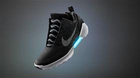 Nike HyperAdapt 1.0 自動綁鞋帶鞋 圖/翻攝自NIKE官網
