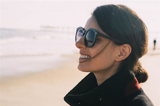 太陽眼鏡,失眠,https://www.flickr.com/photos/chasblackman/11738832774/