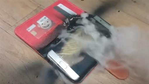 -Note7-爆炸-三星-圖/翻攝自YouTube