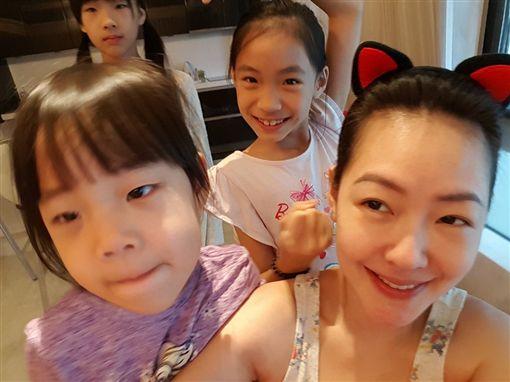 小s三個女兒