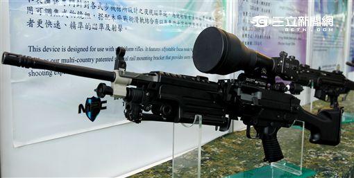 軍備局生產製造中心主要負責國軍各式戰甲車、火砲、單兵個人戰鬥裝具、輕兵器、彈藥、火(炸)藥等武器裝備及核生化等等。(記者邱榮吉/攝影)