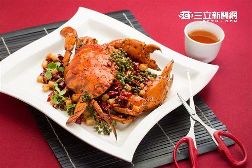 台北國賓螃蟹料理:香辣大沙公。(圖/公關照)