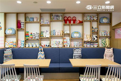 台北東區宇宙人咖啡廳(CRAFTHOLIC Café)。(圖/公關照)