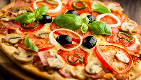 奧客,披薩,比薩,PIZZA,客人,服務生,男友,客訴,涼,靠北奧客,服務業-翻攝自百度
