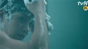 池昌旭,THE K2,全裸,打架 圖/翻攝自YouTube https://www.youtube.com/watch?v=4sW_5jmJPaE