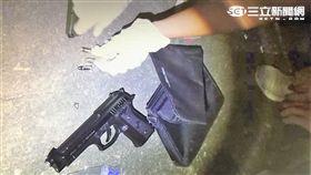 王男持槍押買家取款還對警察開槍遭丟包逮捕(翻攝畫面)