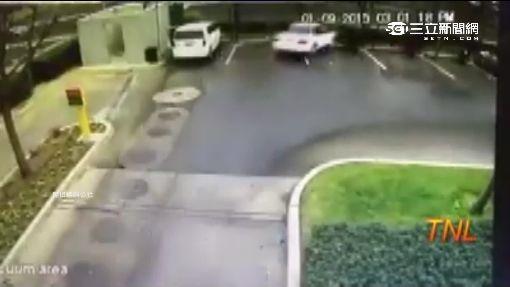 3秒洗車超神速! 洗車機設備全撞壞
