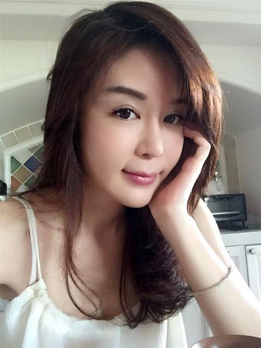 陳國華、IVY(圖/翻攝自Ivy與國華的生活分享臉書)