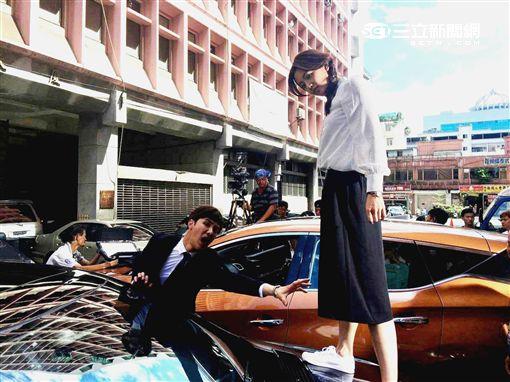 20161023獨家保鑣黃薇渟怕壓壞百萬名車 謝佳見逗她先減重