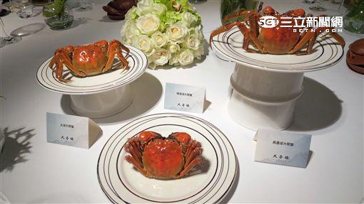 台北亞都麗緻天香樓大閘蟹。(圖/記者簡佑庭攝)
