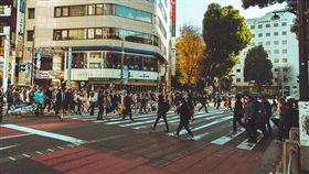 日本,遊學,打工,出國,台灣,優點,缺點,PTT,免治馬桶,超商,守時,大眾交通(flickr https://www.flickr.com/photos/sop220/16233818674/in/photolist-qJwyHq-iYbNLr-pZxmwP-qreyfF-ohPWEc-pVcNjn-pHWJLz-pKNWbE-fF2otU-qtmcAF-s4ycav-nqihYJ-pKNWqY-pzuG1X-pH7Egr-pZnBZP-owpJur-dqwygo-p2QdWJ-rpWysa-ohM88q-q16Kwy-iWW4mA-qR7aAe-pKS2Lo-7Vj5fp-qGXHe2-qtfi7M-nfZLDi-oMhepb-qthBmU-qPFJtw-7Vj4ft-sa9Afw-qPEdFN-s66N31-s6eHHV-p2v7Z3-skpaab-skp9U1-s67VVq-fK9qZi-snDRsa-gSXaS9-r9CS7D-qs8MeD-pk9i6f-nqC6D5-qM8HZh-4VE9hY)