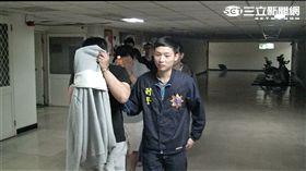 謝、朱兩男勾結遊戲廠商詐騙網路買家遭警逮捕(翻攝畫面)