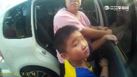 童指夾車窗1800