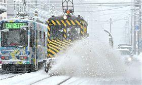 -北海道-札幌-大雪-。(圖/美聯社/達志影像)