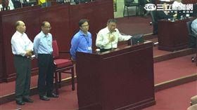 民政局長藍世聰對民政局網頁出現台灣共和國反問「何錯之有」柯文哲心驚 盧冠妃攝