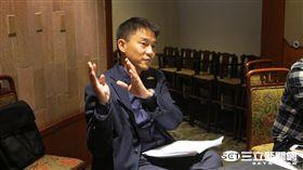 中職秘書長朱康震向媒體說明領隊會議決議(圖/記者王怡翔攝)