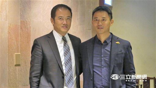 富邦職棒總監陳俊池及中職秘書長朱康震(圖/記者王怡翔攝)