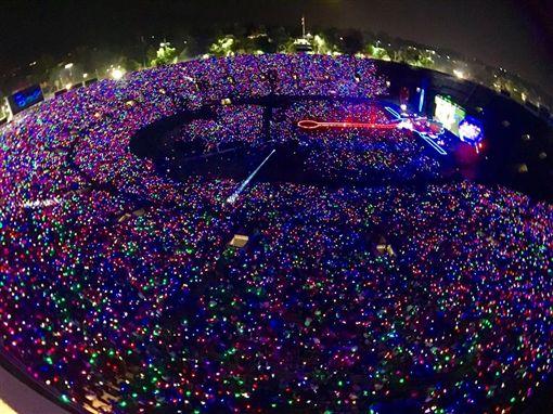Coldplay酷玩樂團將來台開唱。(圖/翻攝自Coldplay臉書)