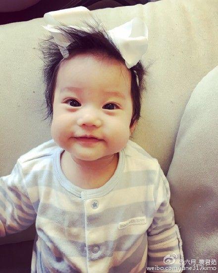 六月,李易,小孩,女兒,Shinny,蔡君茹,李翊暉 (六月微博、臉書)
