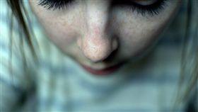 鼻子  https://www.flickr.com/photos/straightpimpin/5524485344/in/photolist-9qbr2j-eqCgd3-ewkrXa-ewktGr-yn52P-arbfVv-ewoztw-wiZ5Z-9BKg4Y-ewkriH-ewoBfm-nKZKEx-ewkqVF-T18-iBiqBZ-98MyJ-2zZt1d-9JPFu8-Cg8Jm-aUbfHg-9oWiBv-6yBkNn-icKAMU-5SUe5r-AEmmu-r2eYy1-evbafj-CgdXo-8x5bpn-6SWRiu-7E1By-cFfom3-4A8ZMP-5JZ3zW-bCRpLd-rMxiV3-bDTqgY-e3YwX-5NxrHC-8KJABA-7vz6n8-56jmsu-e3YwW-wmdac-5SjKnD-p5qv5j-4xHgef-9uQK1A-Da3yZ-88bimd