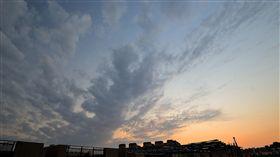 天空 https://www.flickr.com/photos/pangyuliu/11993080175/in/photolist-jgMEUp-nNz6RK-pxGVHh-8Hk9Y7-p4HYvB-hKCvxK-5GM7Qh-pxBMLP-Dsnzqr-pQ8PXu-phMHto-nHEjKs-q2rnXY-4jVrHC-pd4B75-naZSs3-7vrGP9-3CRHgz-jdAhgP-qfT4fu-o8YrnR-jdAjLt-o1FaMj-68ntXi-nTJ27y-oeq83B-nUoMaf-9Vxh4d-njY186-pwMvex-AndJQ-HWXo9H-8cwapY-ed8iMb-jdCsCA-mTvLmg-o8UuSR-i94WqP-7mjECx-7CeoQ7-cN5BNm-p7Vq1K-mxspLn-mxtGQb-8gTaFD-9mGE3z-68rGhu-ocoeFS-nXdhJE-nLij42