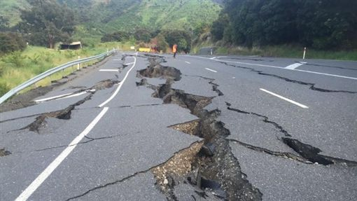 紐西蘭地震/Twitter ID-710138
