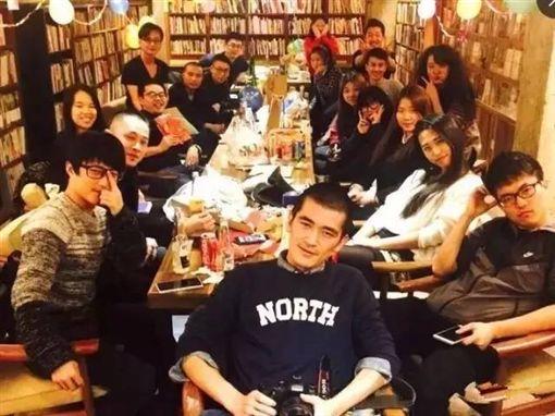 劉二囍,環島,書店,創業 圖/翻攝自騰訊網
