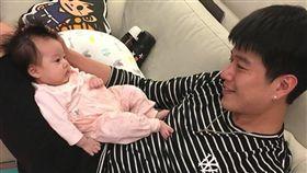 李易,六月,女兒,兒子(圖/翻攝自李易臉書)