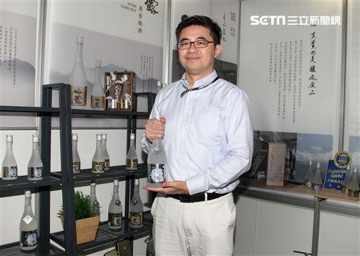 從美國金融業轉戰老店品牌年輕化的第三代吳如洋。(記者邱榮吉/攝影)