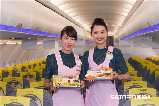 長榮航空,蛋黃哥彩繪機,東京成田機場,首航 圖/記者林敬旻攝