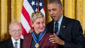 艾倫秀,歐巴馬,白宮,證件,Ellen DeGeneres,艾倫狄珍妮,自由勳章,出櫃,同志/達志影像/美聯社