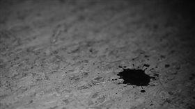 智能障礙,智障,性侵,血跡,離家出走,妨害性自主(flickr https://www.flickr.com/photos/fjolnir/1534905438/in/photolist-3kCMUS-7dc2BS-4icV3D-2jUv4V-7K3FXa-8bMyjL-fDR1kb-amTd1C-pAXPZe-u7swX-9diwqm-2smBwP-9wrUAY-4vpNLg-pAXQ3F-9MqreG-mxoeoY-rpzh3y-5TWi47-4LWrsa-4vN8kS-6ToCGY-f7pcKb-rrRf4j-9NHQQG-qBoHAQ-bCxo1R-LjM3Z-bhpaai-7xrYim-qTN2mt-pXaK8z-bsmxAY-7Se86N-4BkMEm-2PM7t-7RrcWR-hZHDJ-p16r1w-5kNzeV-bo24Ki-piagZS-4s6FZr-byvDwp-d2TdvN-8zDK1U-2HnQNF-pUw6xZ-BoHLx-qyJ6Vh)