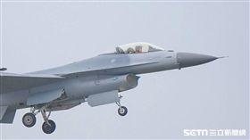 F-16戰機 記者林敬旻攝