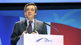 費雍(Francois Fillon)