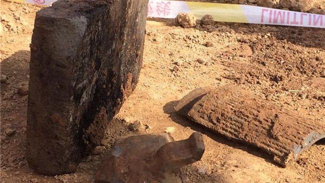 農民挖出一塊古代青磚 嚇壞大喊「升官發財」