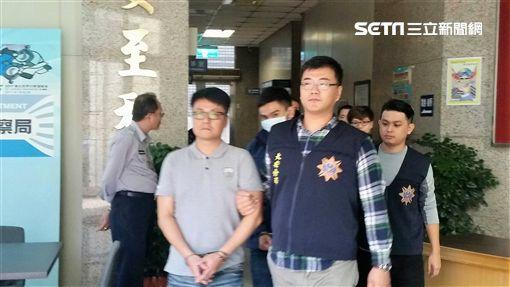警方搗破四海幫海豐會之堂口,逮捕會長吳明鴻在內等5人到案(翻攝畫面)