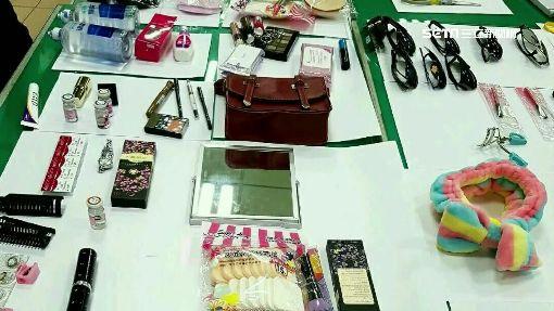 """正妹自備工具偷藥妝店 包包宛如""""百寶袋"""""""