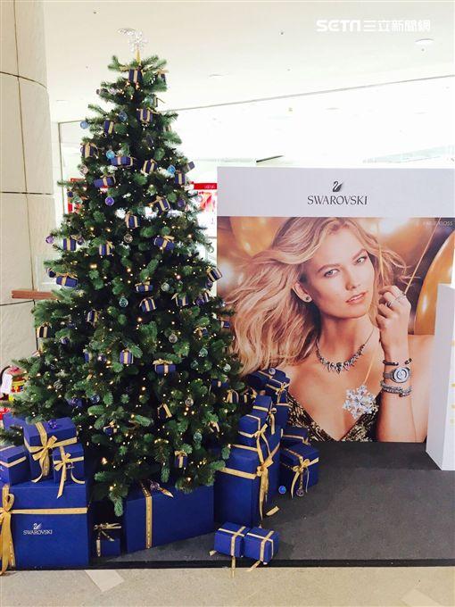 一起來召喚!美麗華妖怪手錶聖誕樹亮起來了