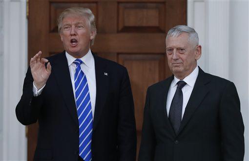 川普,Donald Trump,馬提斯,James Mattis (美聯社/達志影像)
