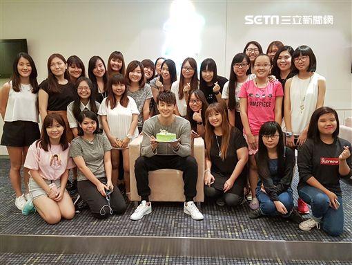 張軒睿赴新加坡參加「新加坡亞洲電視節」