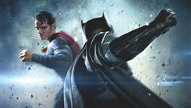 蝙蝠俠對超人:正義曙光(圖/翻攝自觸電網)