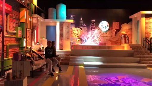 笑笑過人生 KID+大飛唱出搖滾瘋 圖/翻攝自臉書、YouTube