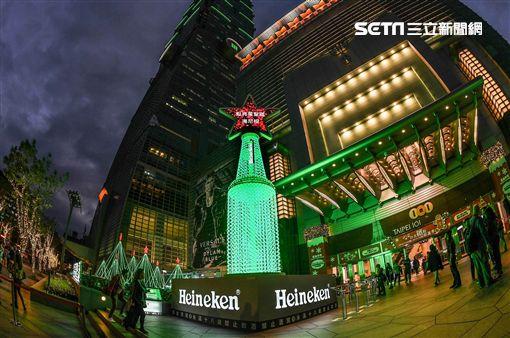萬人點亮星聖誕 海尼根打造3D煙火聖誕樹