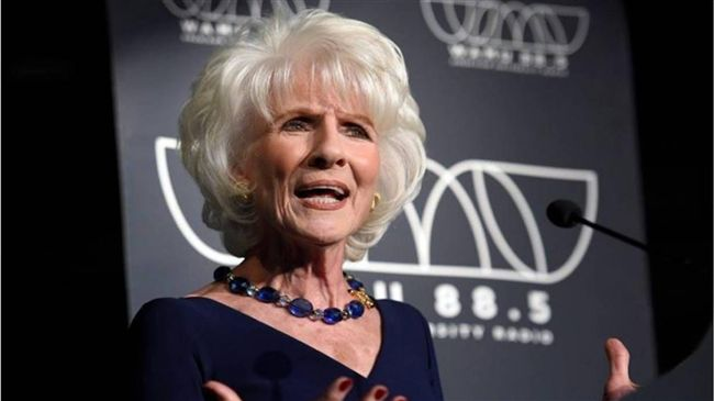 不畏發音障礙 她的廣播全美最長壽