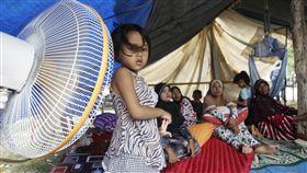 無家可歸,印尼,強震,物資,救援 圖/美聯社/達志影像