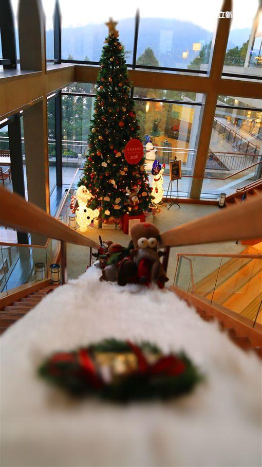 滿滿的聖誕大平台!雲品打造軟木塞麋鹿、跨年動物方程式
