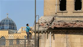 埃及科普特基督徒教堂遭彈襲  至少22死_路透