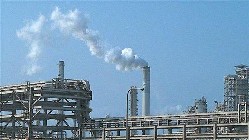 六輕,碳排放量 (雲林縣政府)