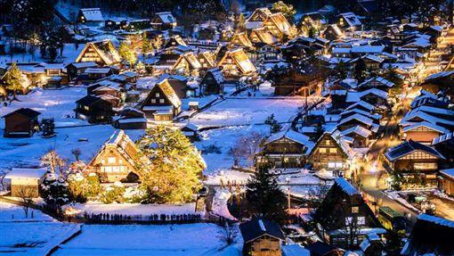 日本旅遊合掌村。(圖/易遊網提供)